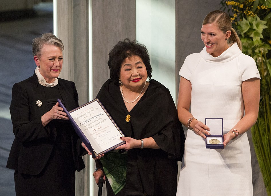 Setsuko Thurlow and Beatrice Fihn of ICAN accept the Nobel Peace Prize in Oslo on December 10, 2017